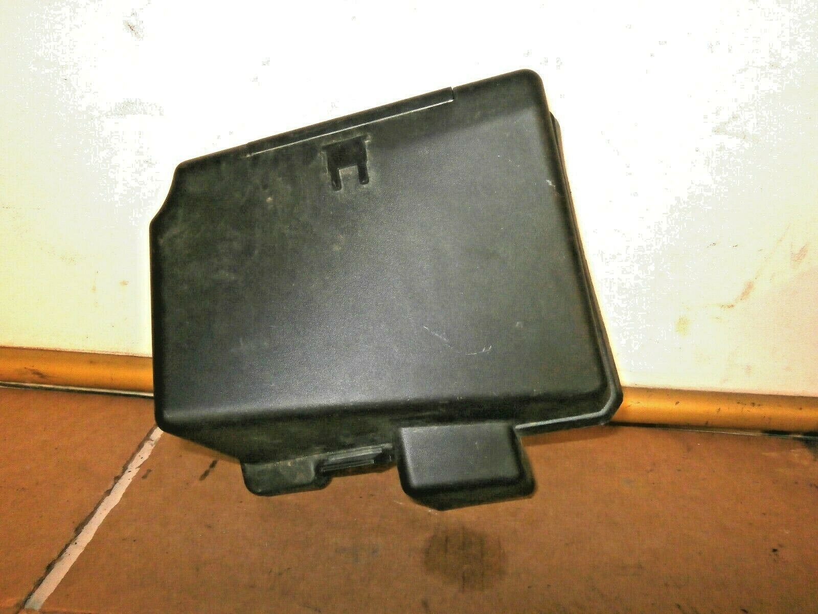 Peugeot 206 1998-2007 External Under Bonnet Engine Bay Fuse Box Cover  9640866580 1 of 1Only 3 available ...