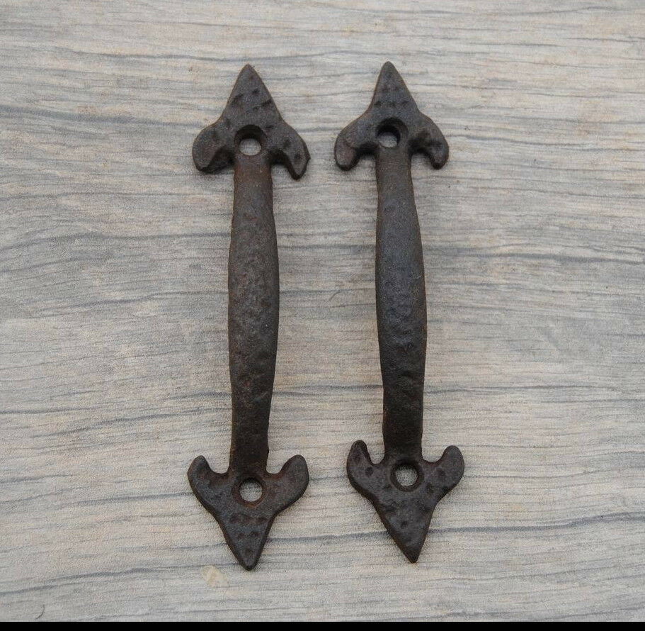 """VINTAGE Cast Iron window cabinet screen handle Pull rustic Victorian4.5"""""""