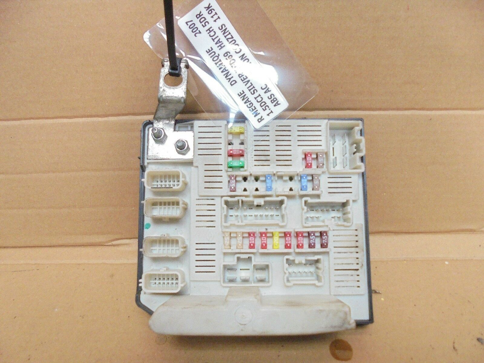 Renault Megane 2007 15 Dci External Engine Bay Fuse Box Fusebox 8200481866c 1 Of 1only Available