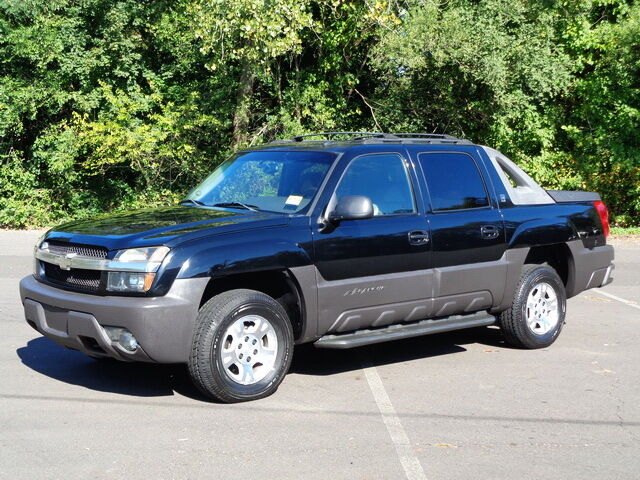 2003 chevrolet avalanche 1500 north face 4wd 4x4 crew cab pickup truck 4 picclick. Black Bedroom Furniture Sets. Home Design Ideas