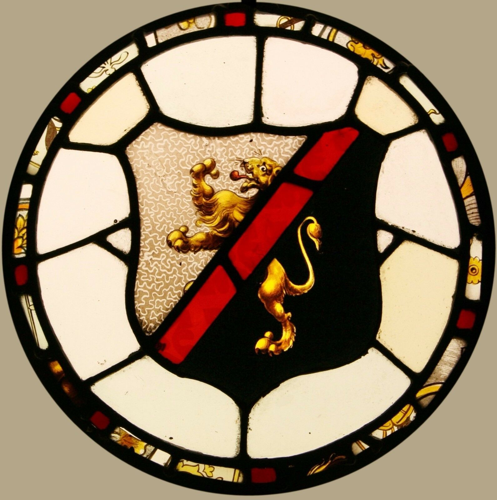 Antique LEADED Painted STAINED GLASS Heraldic Roundel - Can Ship Worldwide
