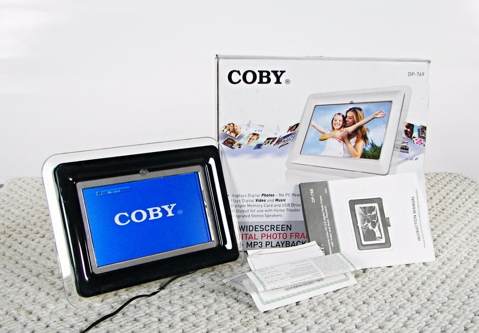 COBY DP-769 7-INCH Widescreen Digital Photo Frame with MP3 Player ...