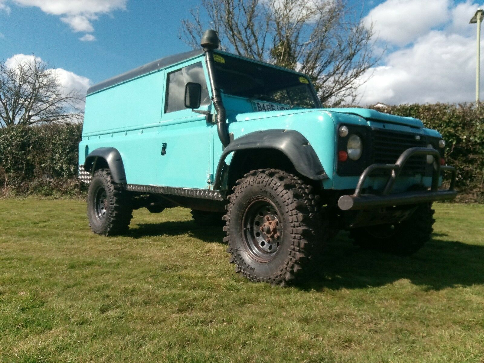 LAND ROVER DEFENDER 110 Off Road Monster Truck 4X4 Project ...