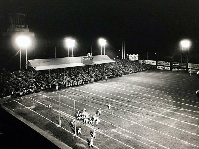 1940s-Osborne-Stadium-Home-of-Winnipeg-Blue-Bombers.jpg