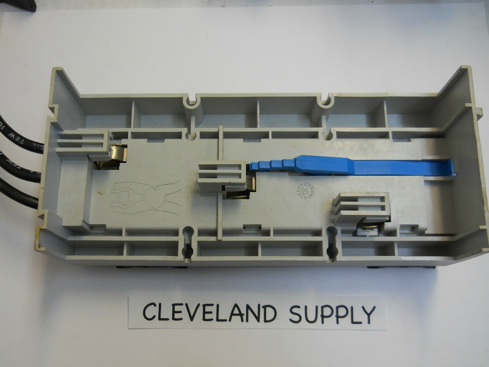Wohner 6032 Fuse Block Busbar Adapter 690v 32a New Condition No Box 1 Of 4only Available