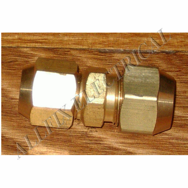 """Brass 5/8"""" to 1/2"""" Reducing Union With Flare Nuts - Part # RF705KIT"""