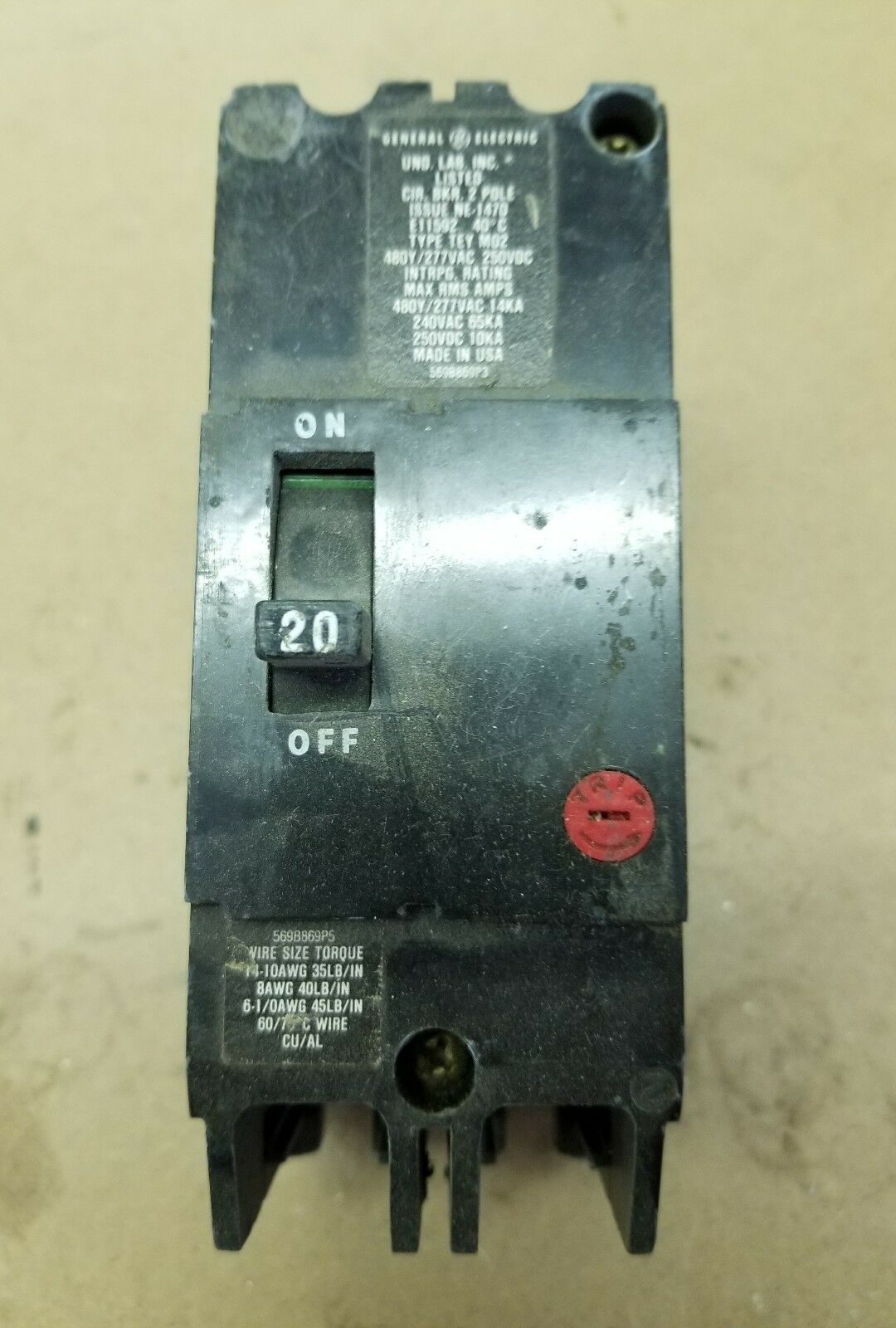 GENERAL ELECTRIC E11592 20 Amp 2Pole Circuit Breaker M-1069 120 277 ...