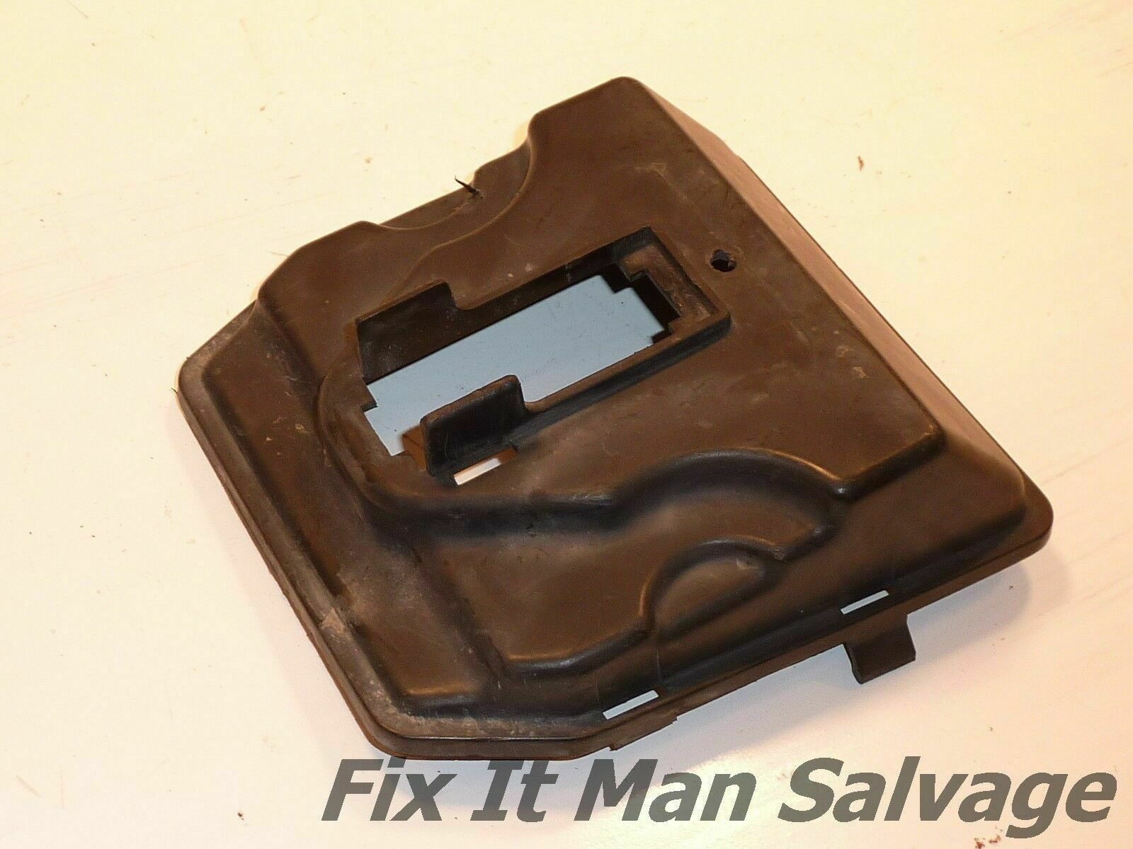 83 Honda Magna V65 Fuse Box Cover Fusebox Mount Lid Housing Front Mounts Case Vf1100 1 Of 2only Available See More