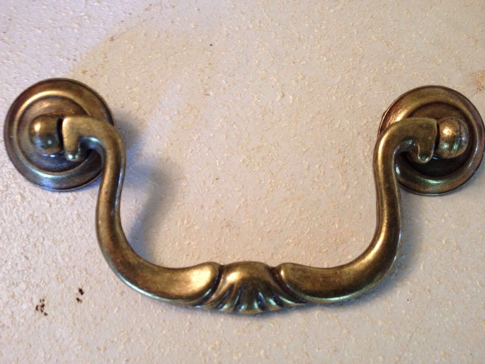 10 Antique Brass Knocker Bail Swan Neck Cabinet Drawer Door Pull W/h Screws