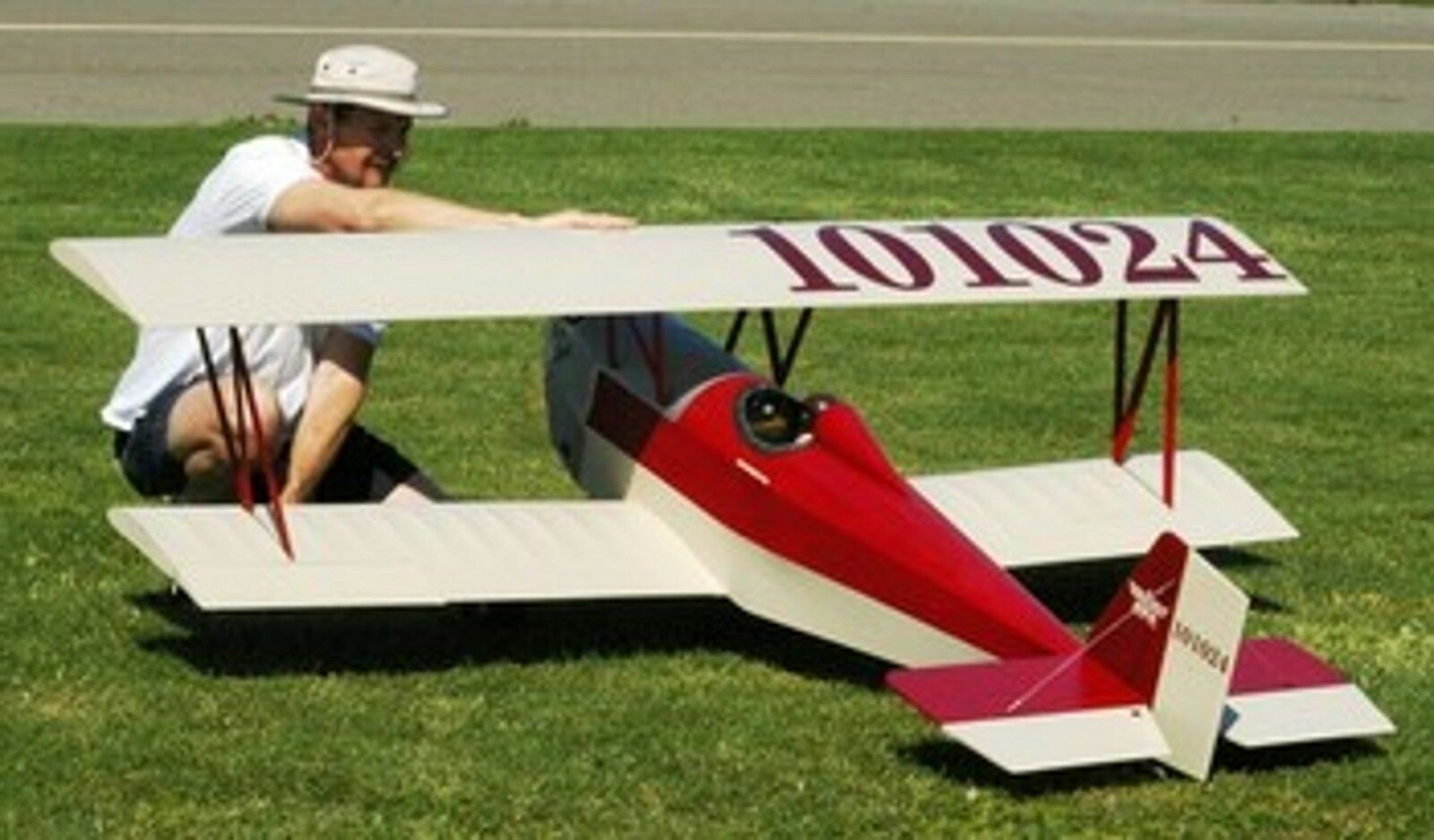 huge rc airplanes with 1 3 Scale Nosen Gere Sport 8 Foot 321877111582 on Postings as well Watch likewise How Boeing And Airbus Use Russias Expertise To Develop Their Airplanes 827604 moreover En further Watch.