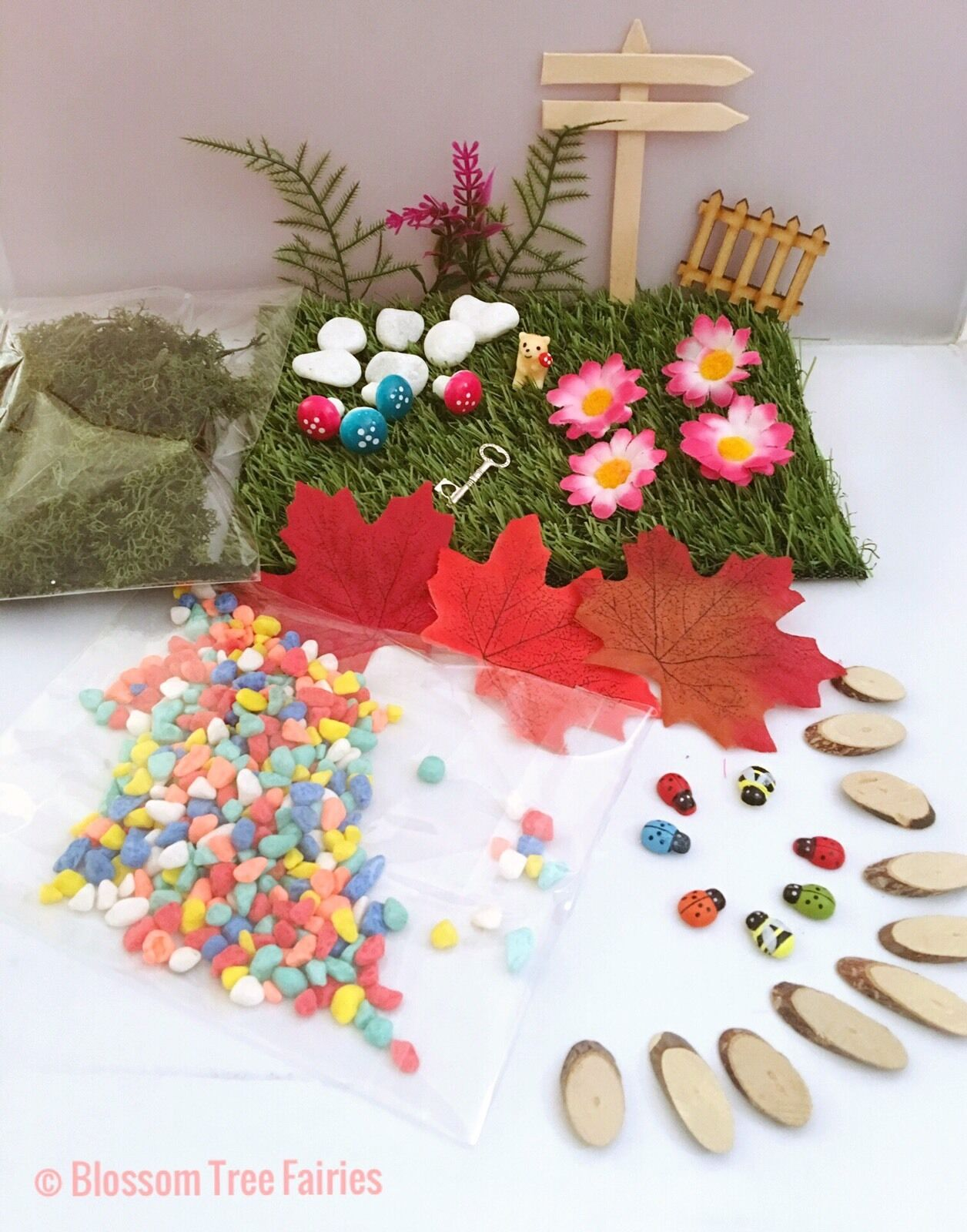 Fairy garden kit fairy door house accessory washing line for Fairy door kits canada
