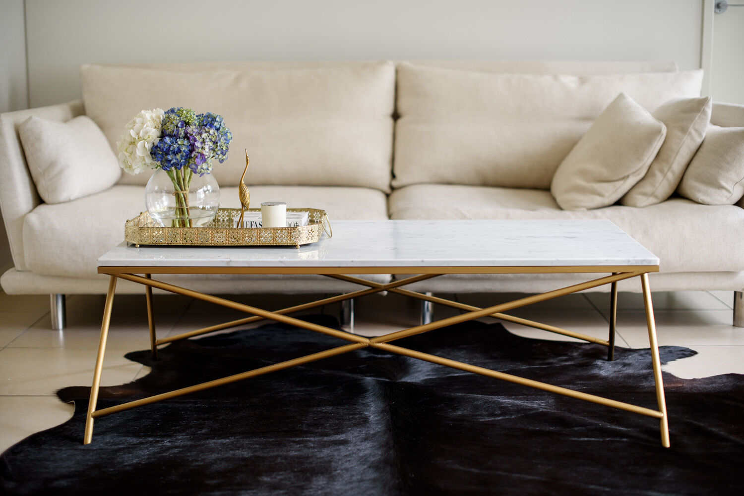 carrara marble coffee table gold stainless steel hollywood regency rectangle aud. Black Bedroom Furniture Sets. Home Design Ideas