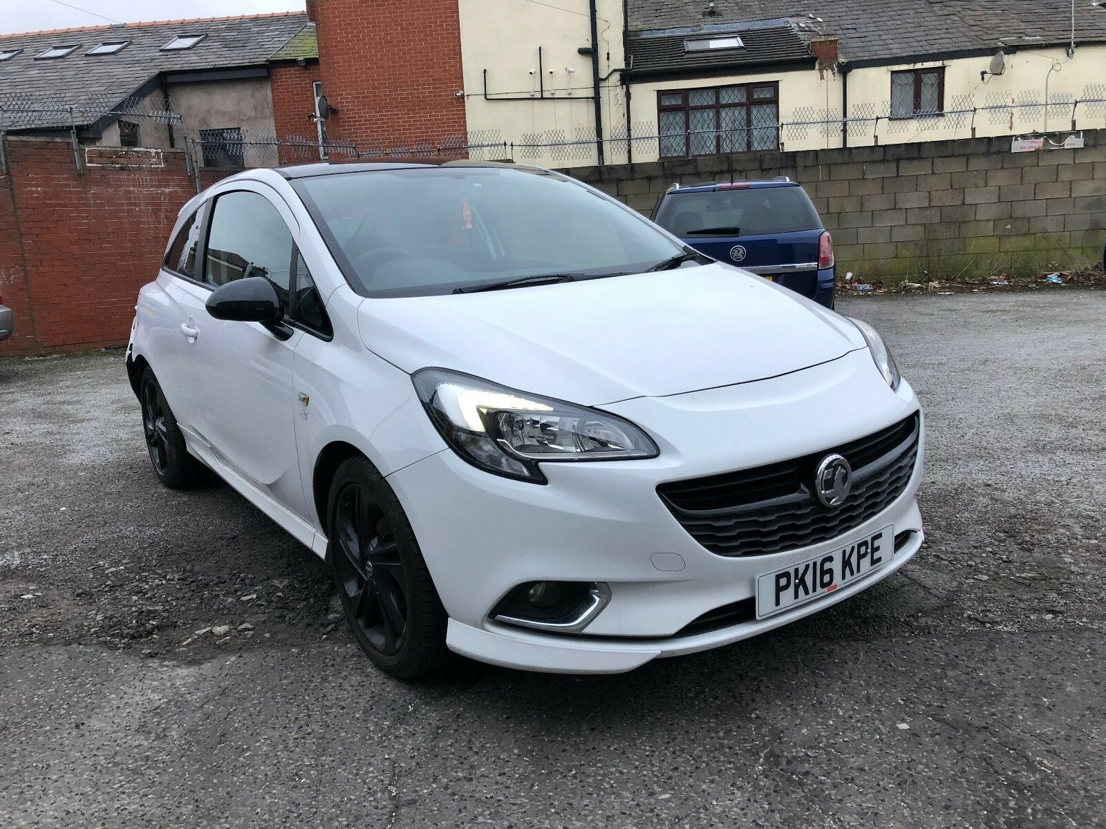 vauxhall corsa 2016 limited edition white ecoflex light damaged salavge 4. Black Bedroom Furniture Sets. Home Design Ideas