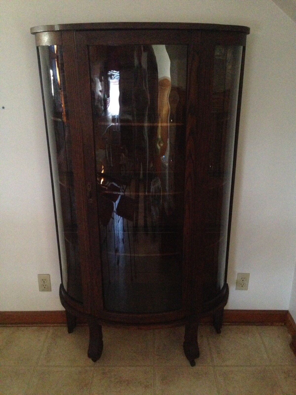 Antique curved glass china cabinet ! LOCAL PICK UP only. 1 of 11 See More - ANTIQUE CURVED GLASS China Cabinet ! LOCAL PICK UP Only. - $249.00