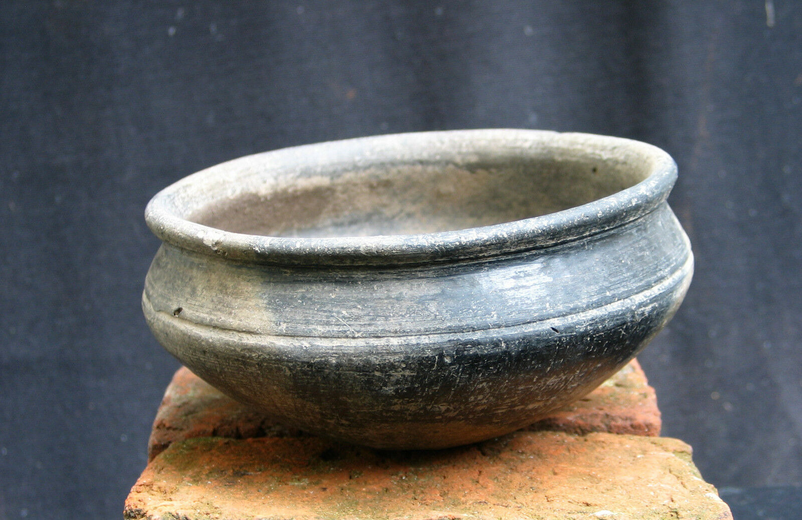 A Beautiful ceramic bowl, pre Urartu, Armenia Bronze Age