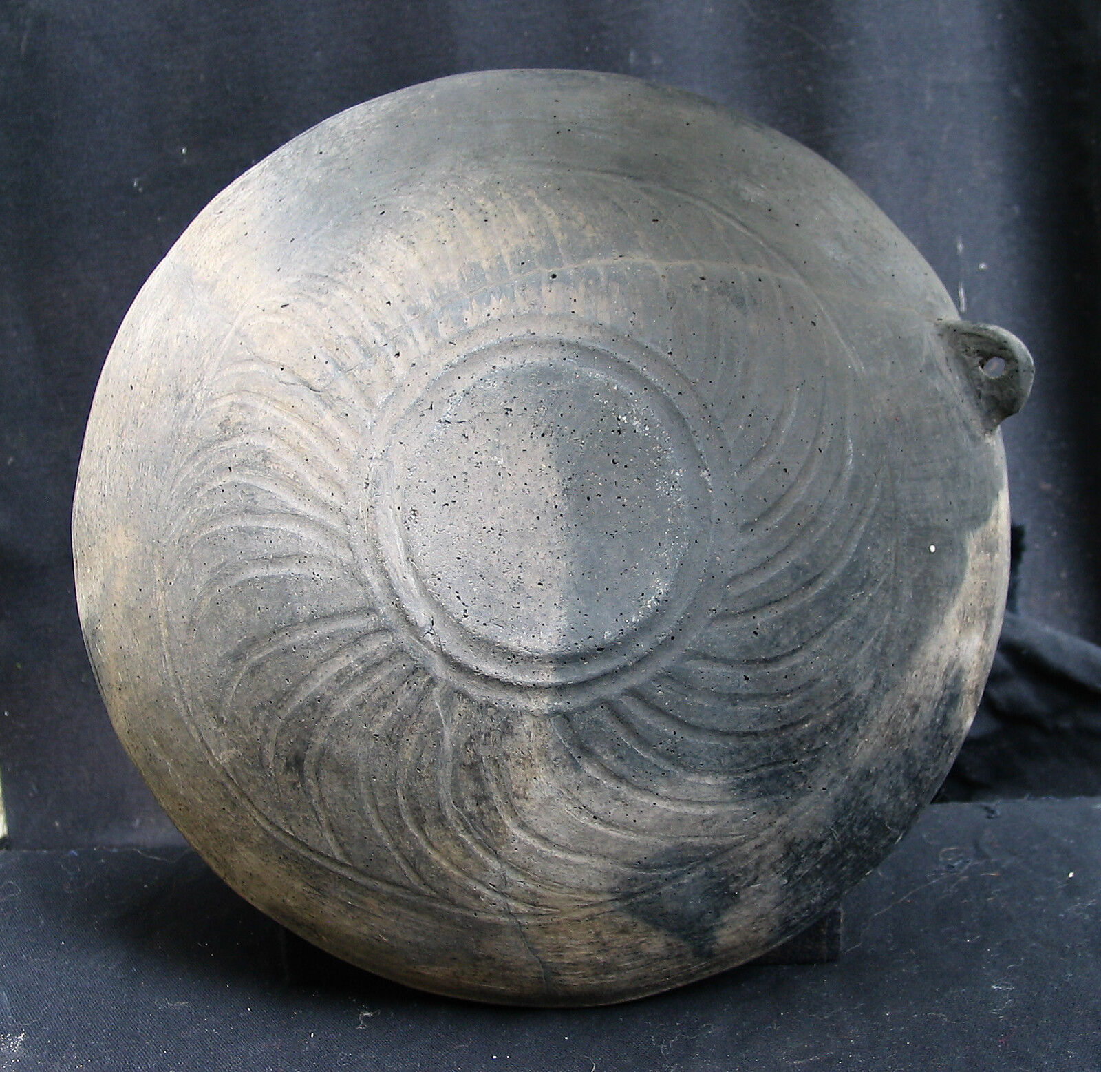 A Beautiful ceramic large bowl, pre Urartu, Armenia Bronze Age