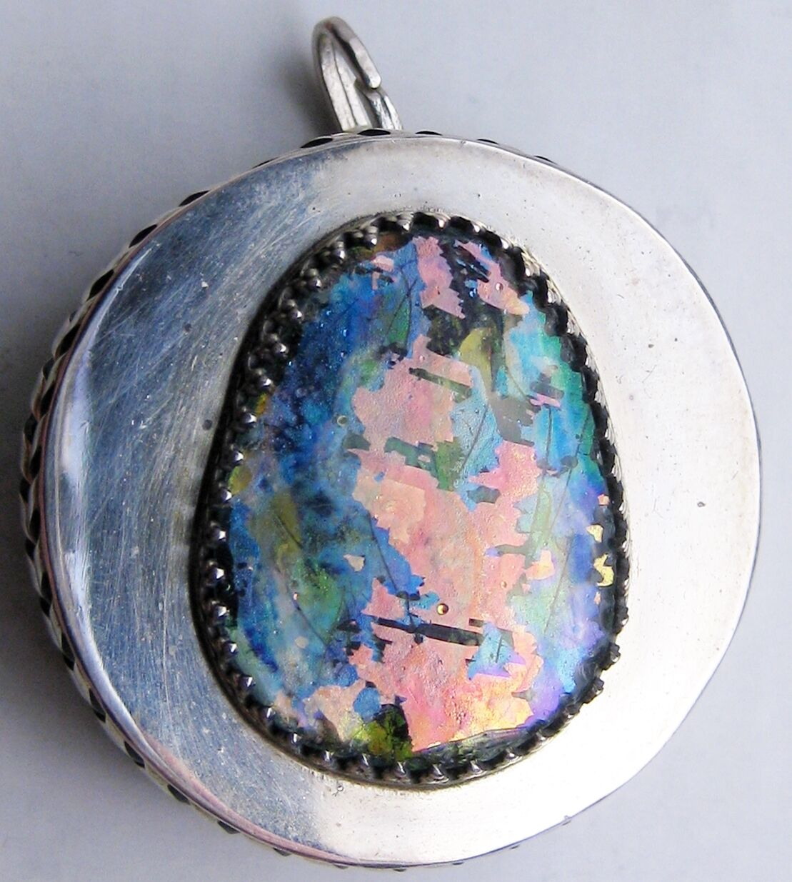 ANCIENT ROMAN GLASS_set in a sterling silver_box-like pendant