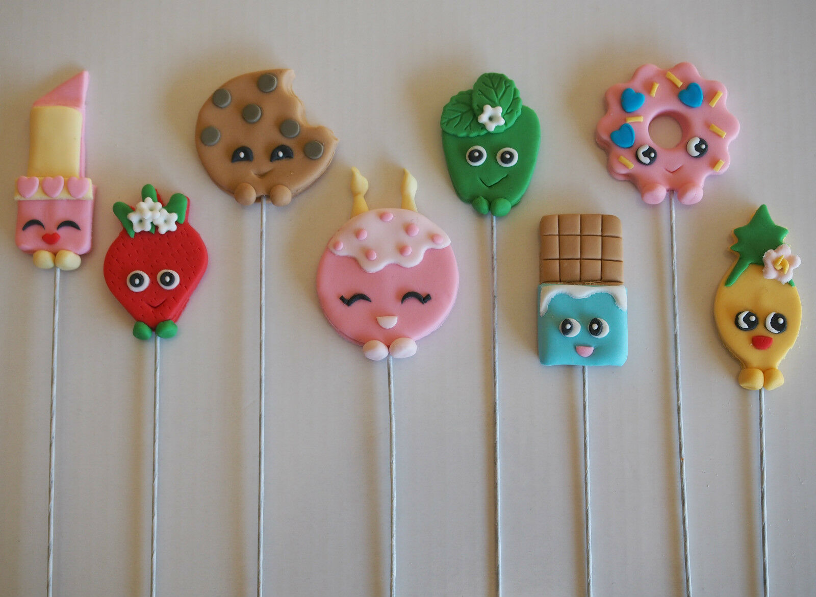 ... Shopkins Characters on wires CAKE TOPPERS Birthday Cupcake Decorations
