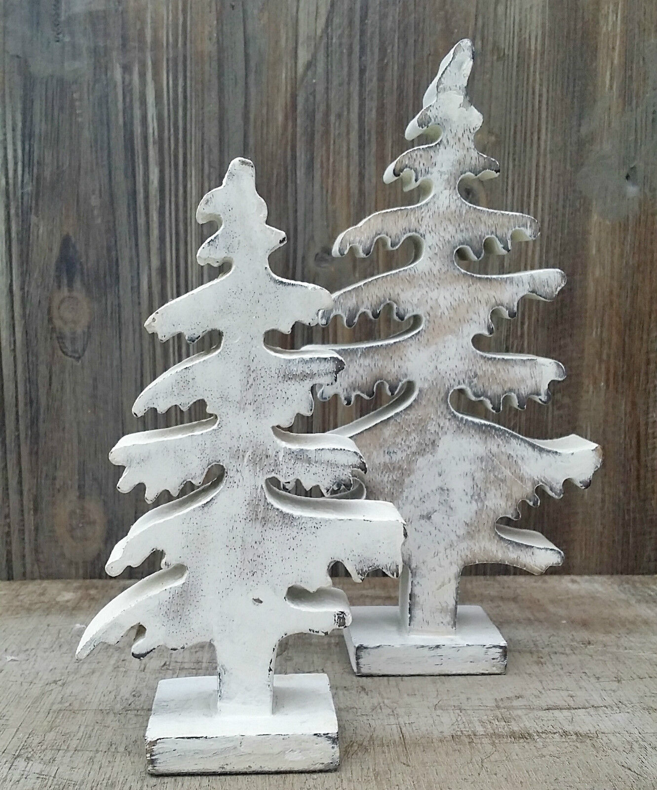 Arbre de noel en bois d corer for Table de noel shabby chic