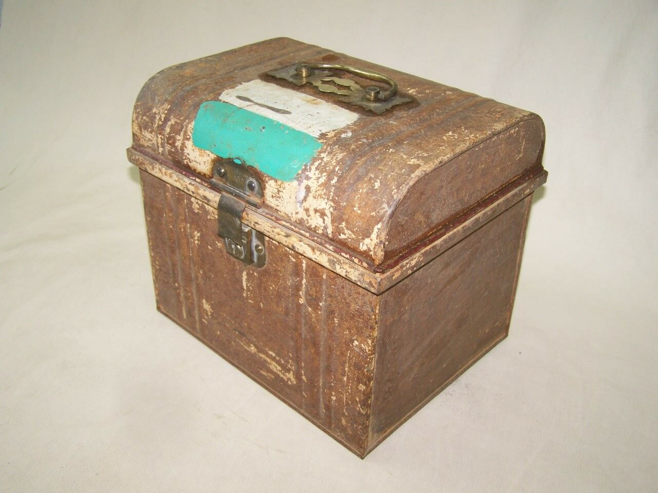 Little old Jalopy, Sheet Metal Chest Box, Treasure chest, Antique, LONDON