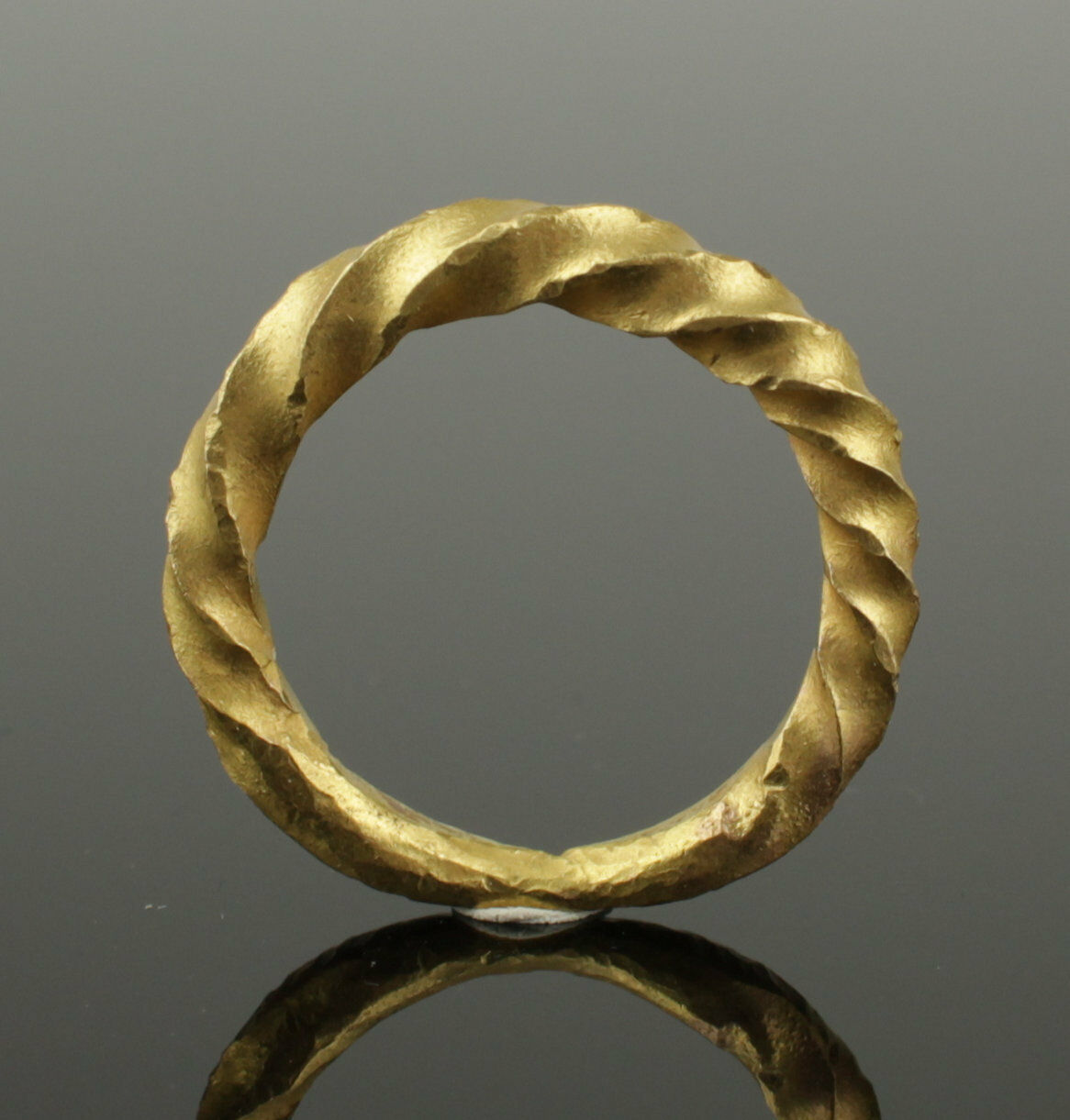 Stunning 10Th Century Viking Twisted Gold Ring - Highly Wearable!