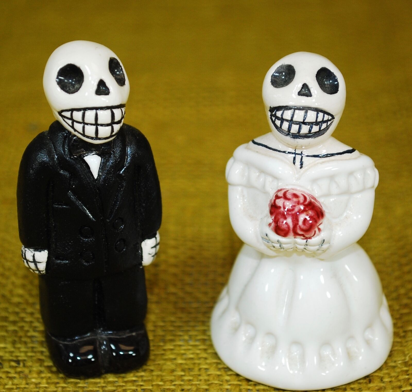 BRIDE AND GROOM Wedding - Day of the Dead - Peru Figurines Skull ...