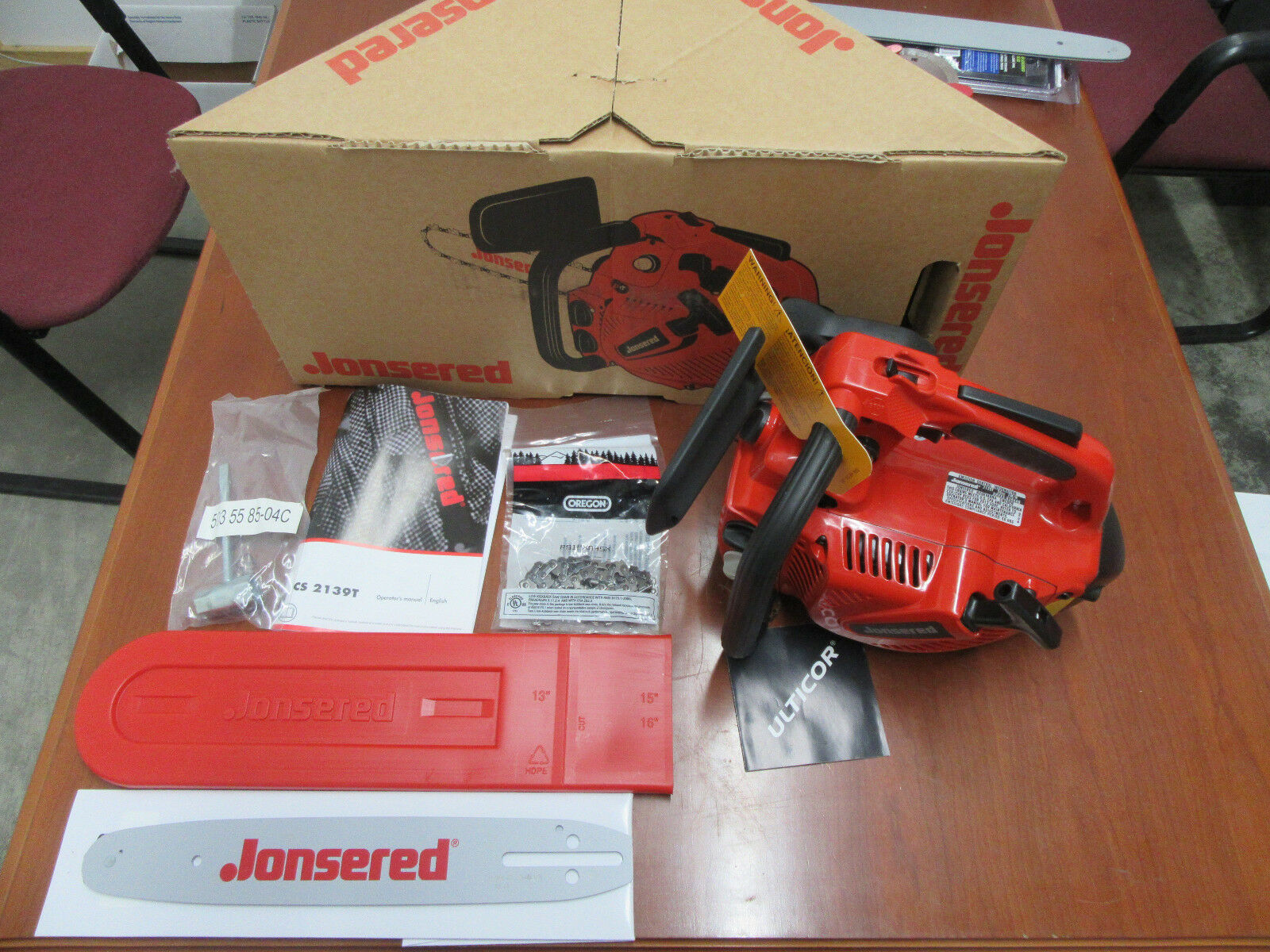 New jonsered cs2139t chainsaw w 12 bar chain free shipping 1 of 10free shipping greentooth Gallery
