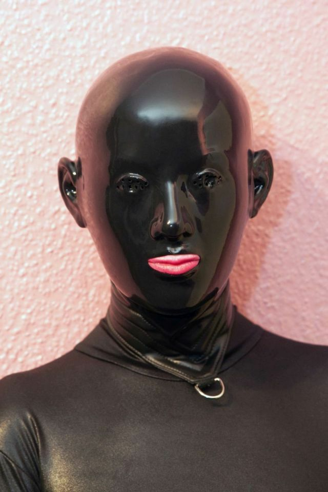 "Latexmaske "" Black Staar hole eyes "" Mask Maske Rubber Latex  size large -NEU-"
