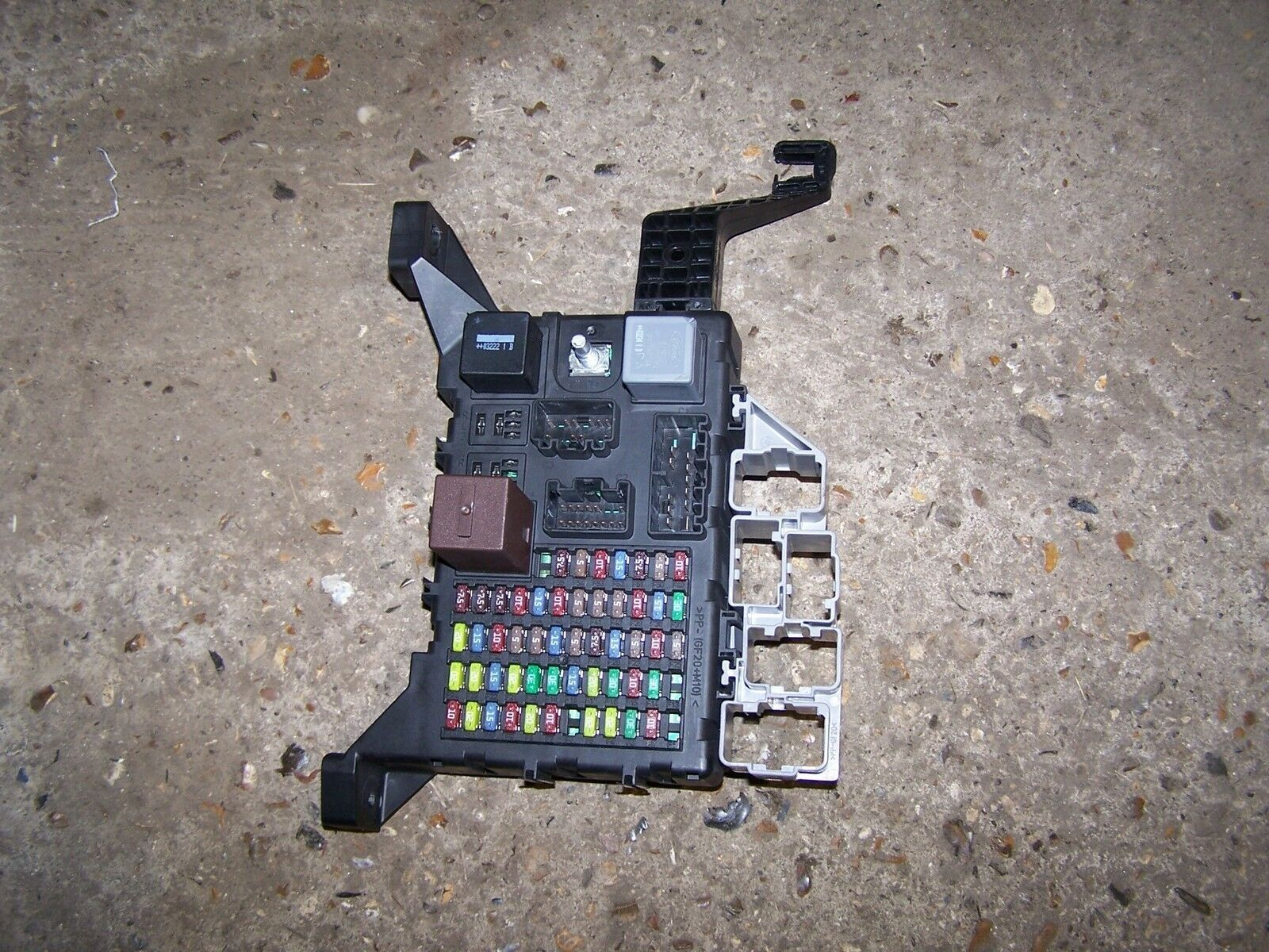 Fuse Box Under Dashboard Jaguar X Type 2.0 Diesel 1 of 1Only 1 available ...