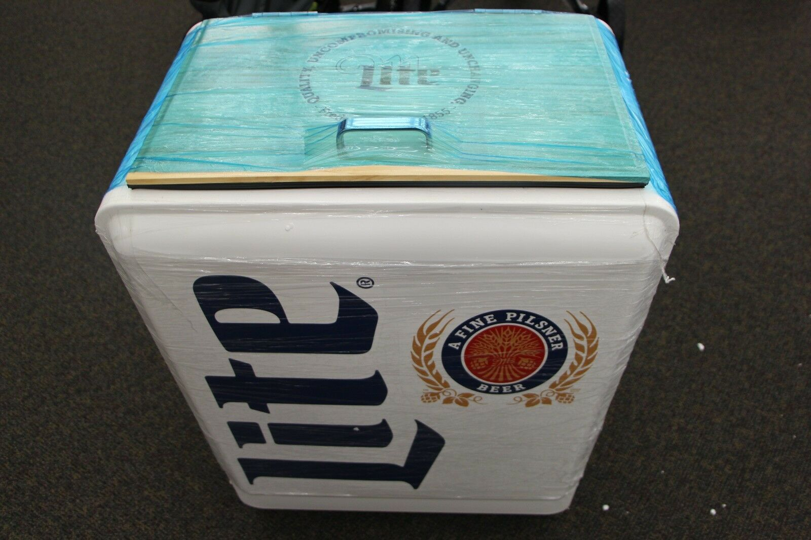 Brand New Retro Miller Lite Vintage Metal Cooler Ice Chest On Wheels 1 Of 6only Available