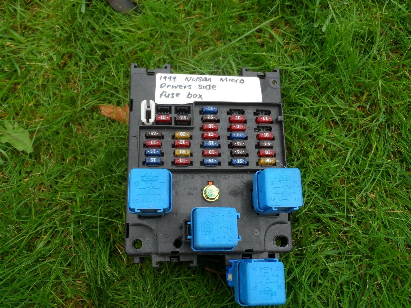 Nissan Micra 1999 K11 Fuse Box 1 of 3Only 1 available ...