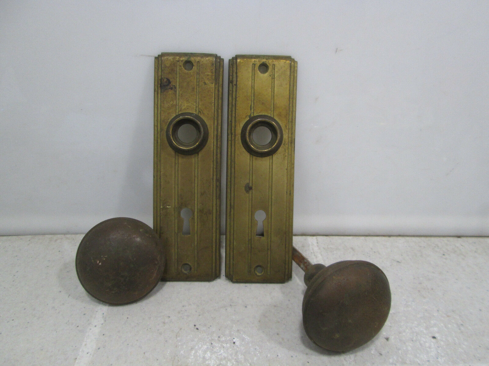 Vintage Art Deco Style Backplates and Knobs