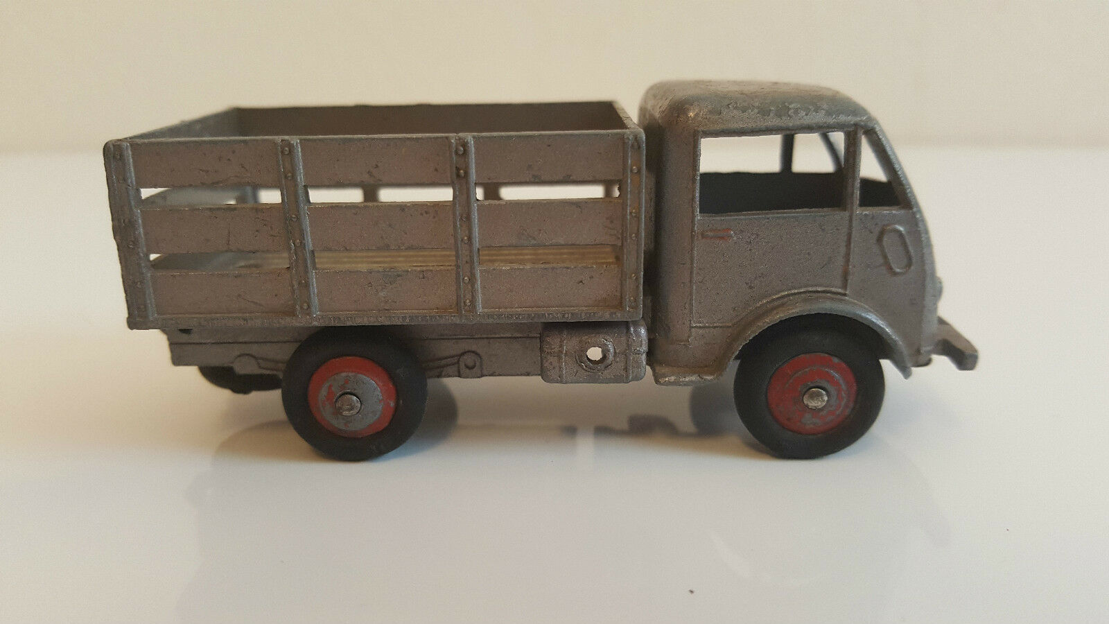 dinky toys 25 a camion ford mara cher b taill re gris m tallis eur 199 00 picclick fr. Black Bedroom Furniture Sets. Home Design Ideas