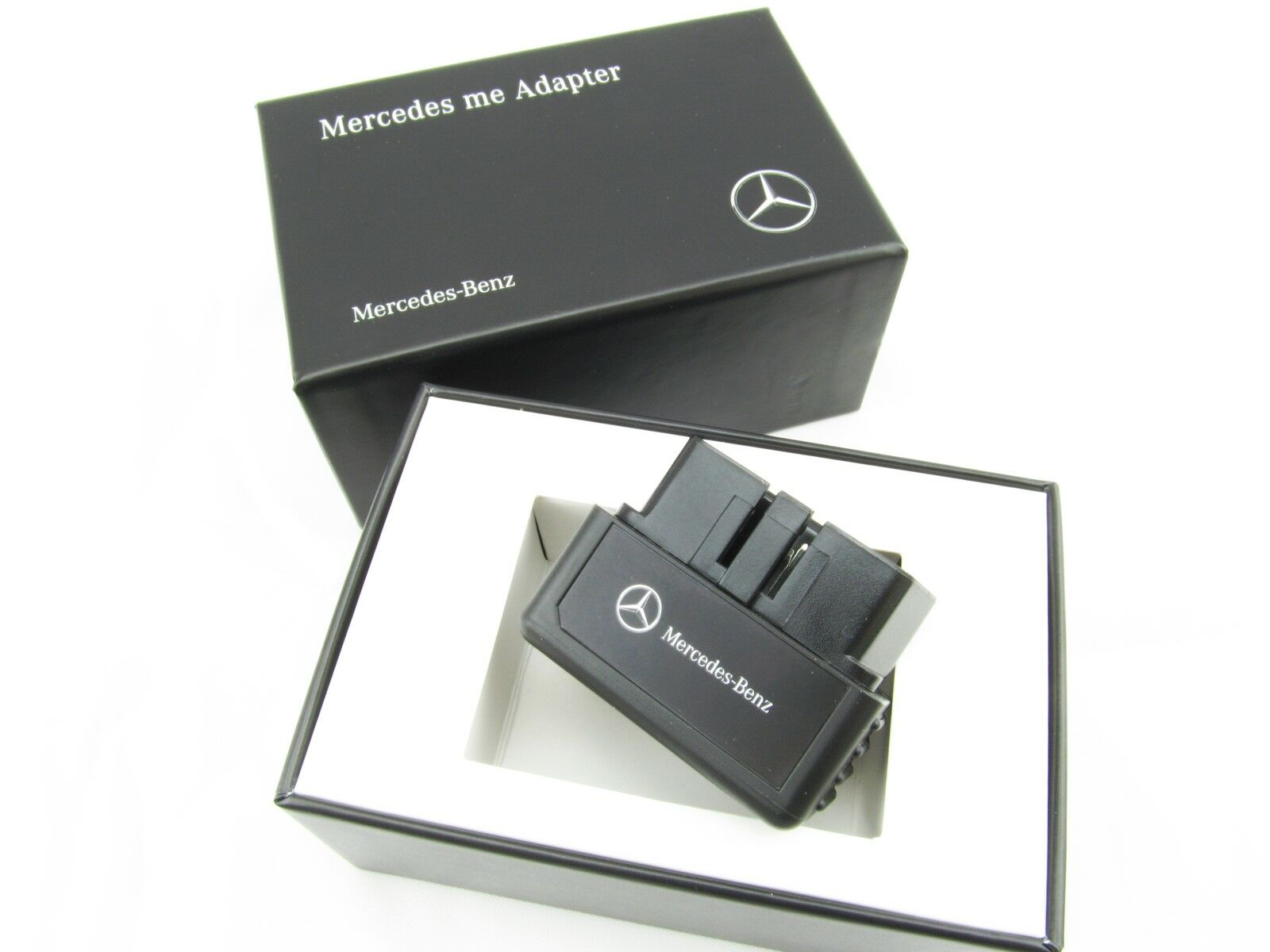 original mercedes benz mercedes me adapter obd2 connect me auto ap hardware eur 44 90. Black Bedroom Furniture Sets. Home Design Ideas