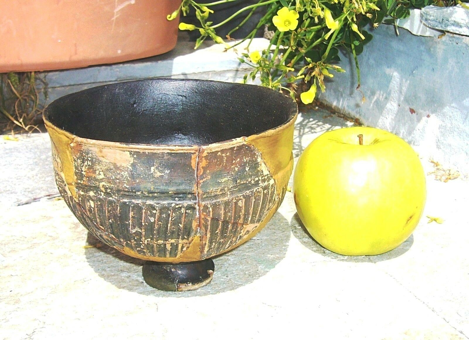 AUTHENTIC ANCIENT GREEK ATTIC POTTERY TERRACOTTA FOOTED BOWL ca.5th CENTURY BC
