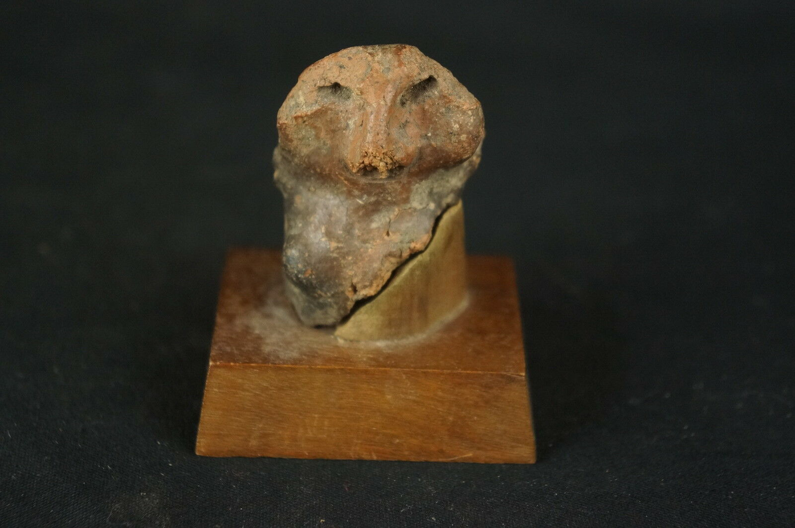 """Excellent Pre-Colombian unusual ceramic artifact w. stand 2"""" [Y8-W6-A9-E9]"""