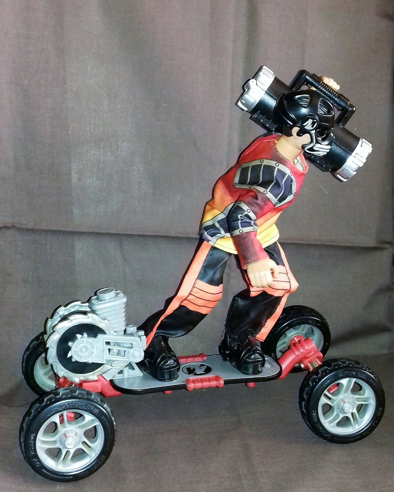 ACTION MAN SKATEBOARD Extreme With Rider Accessories