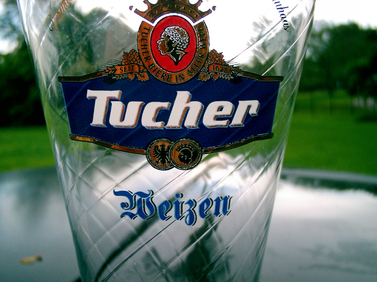 tucher weizen bier crown logo big 0 5 liter german beer glass nice souvenir picclick. Black Bedroom Furniture Sets. Home Design Ideas