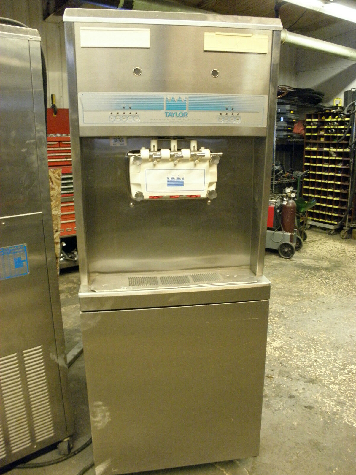 TAYLOR 8756-27 SINGLE PHASE WATER COOLED SOFT SERVE ICE CREAM CUSTARD MACHINE