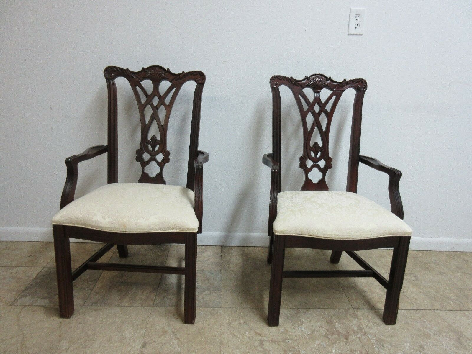 Pair Thomasville Solid Mahogany Chippendale Carved Dining Room Arm Chairs Set
