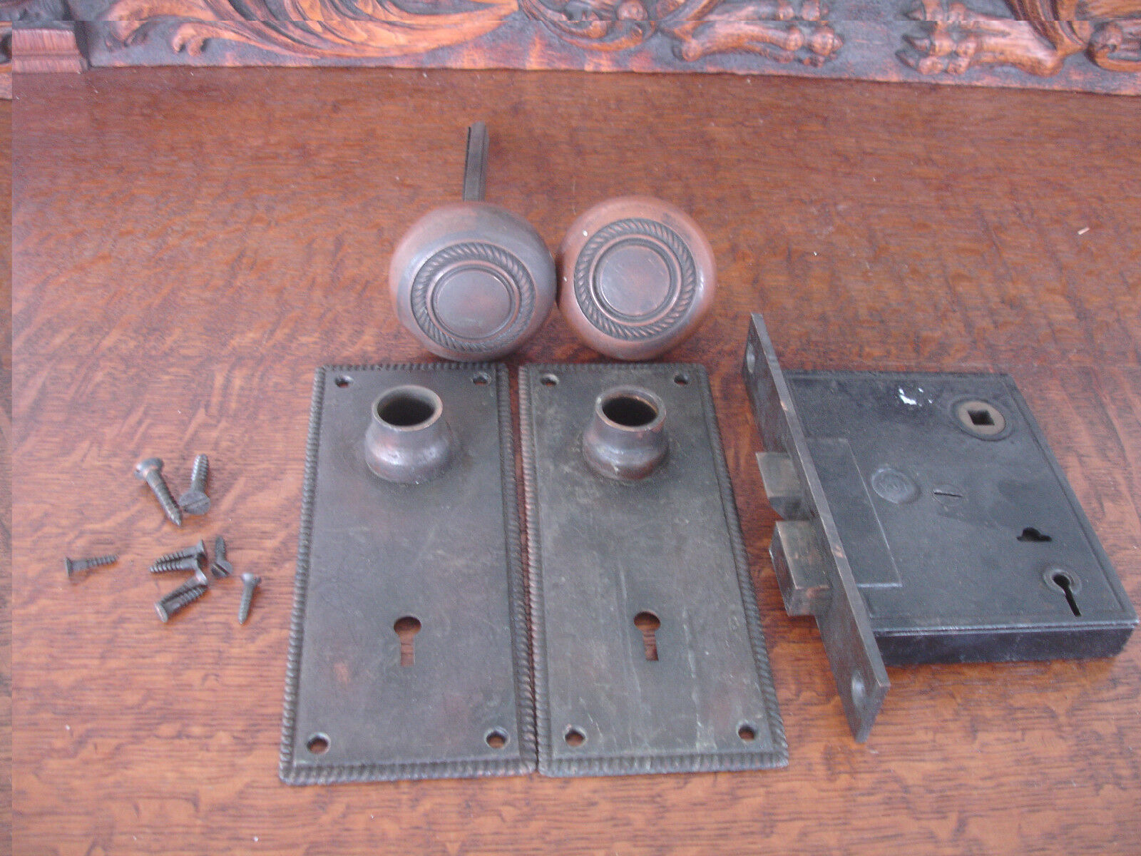Vintage Brass Y&T Door Knob, Lock, and Back Plates Matching Set