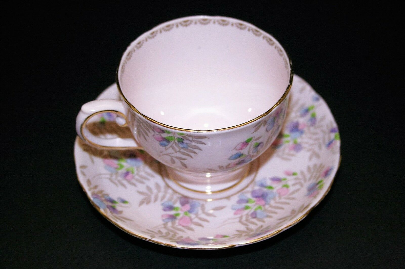 tuscan fine english bone china pink cup and saucer gold filigree purple flowers. Black Bedroom Furniture Sets. Home Design Ideas