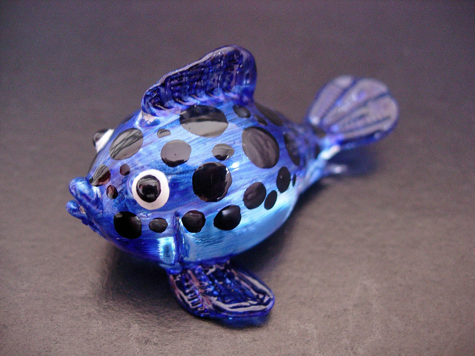 Glass puffer cat fish hand painted spotted blue glass for Painted glass fish