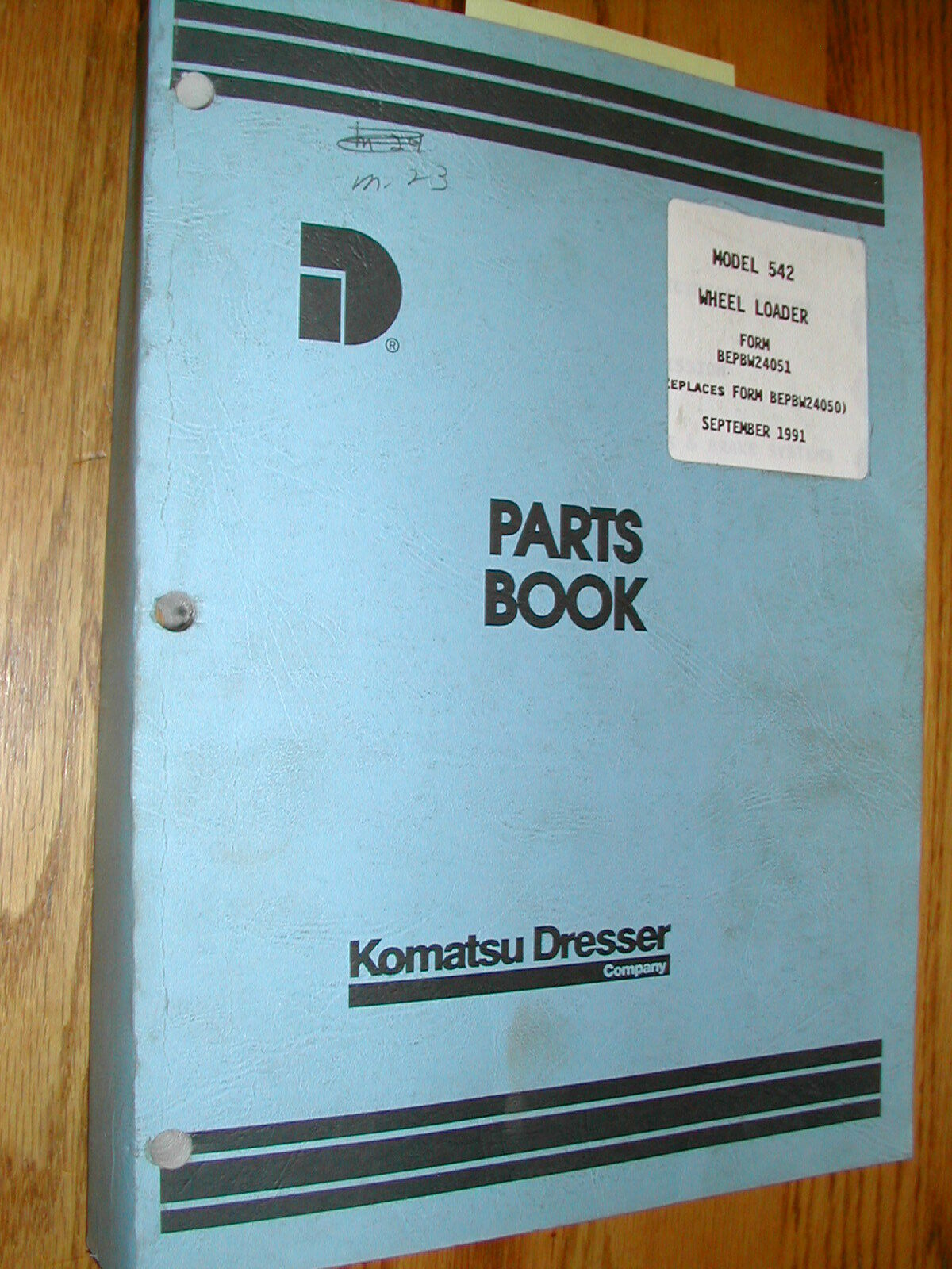 Komatsu Dresser 542 PARTS MANUAL BOOK CATALOG WHEEL LOADER GUIDE LIST  BEPBW24051 1 of 1Only 2 available ...