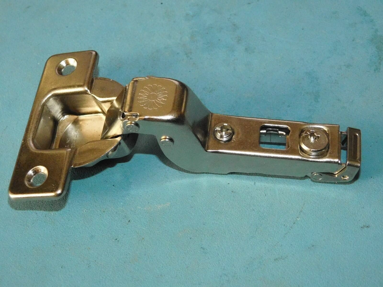 LOT OF 40 Ferrari Hinge 1566 BR979-110 TH-3 #19 - $60.00 | PicClick