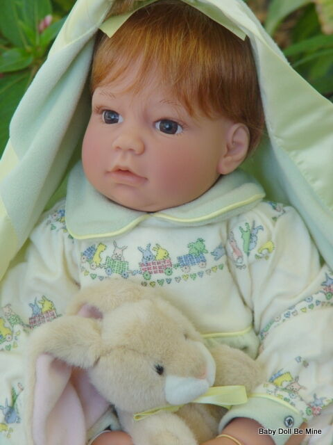 Retired Lee Middleton Cotton Tails Doll With Blanket