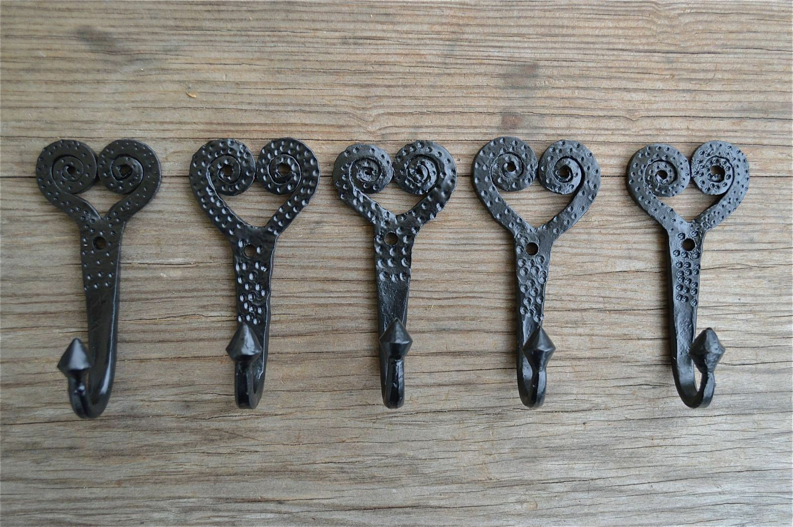 5 X Handmade Shaker Spiral Heart Wrought Iron Coat Hooks Hand Beaten Hook Y2