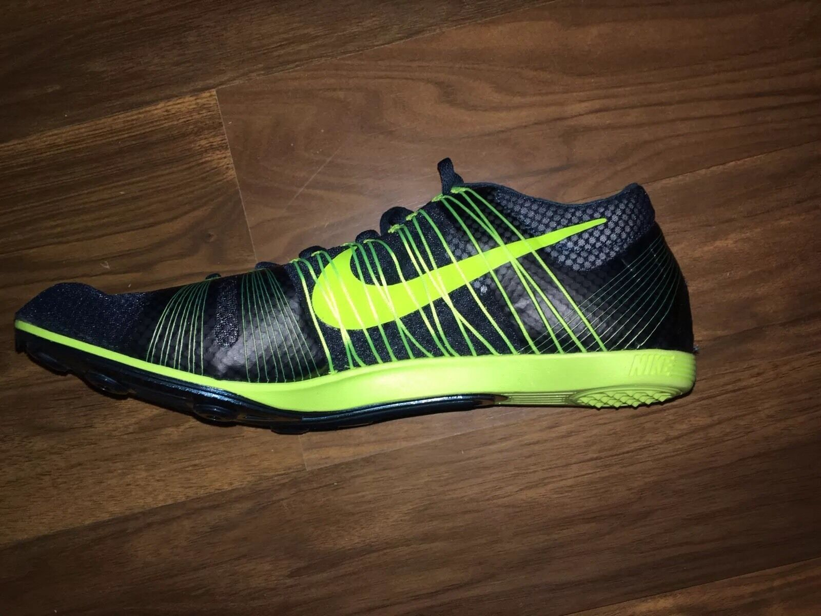 NIKE ZOOM VICTORY 2 Unisex Track Spikes  In esecuzione 555365 303 verde  Spikes  8f7de9