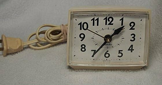 Vintage Working Classic Westclox Electric Alarm Clock Made