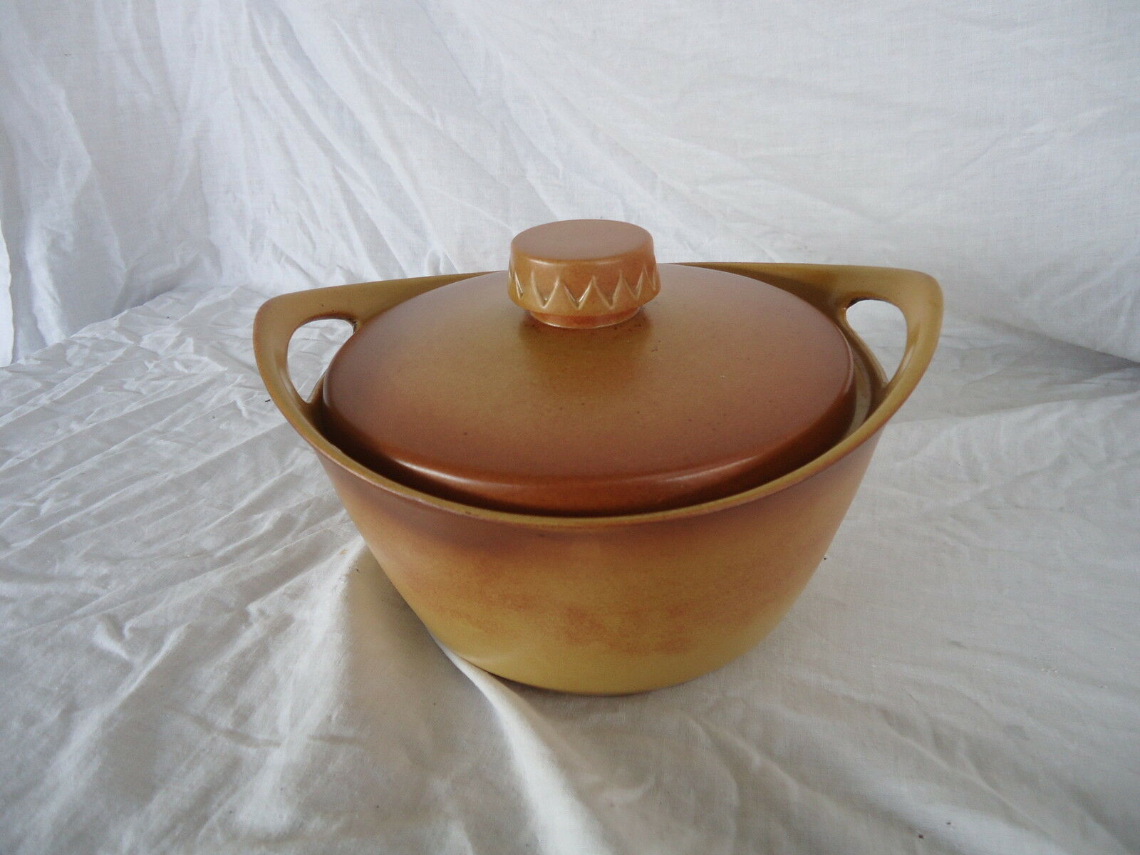 Diana pottery aust stoneware casserole dish lid for Diana dishes
